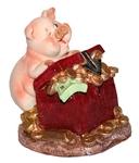 Веселая свинка с сундуком