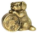 Собака с монетой счастья