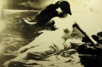 женщина, скала, вода